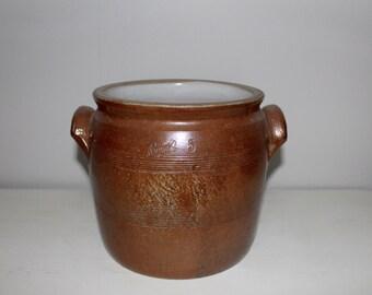 French glazed confit pot