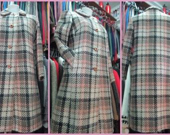 Cappotto quadri anni60.Panno di lana.Tg 44/60s plaid coat/Woollen cloth/Flared coat/Tartan A-line coat/Twiggy style/ Pink,beige,brown/Size 8