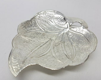 Silver Plated Small Leaf Dish with Stem Design