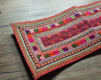 Vintage Hmong fabric from front  Hmong skirt #VT0074
