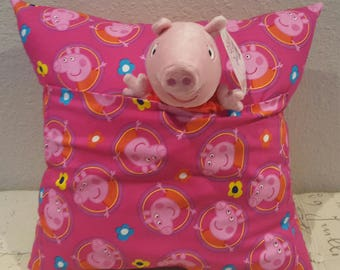 Peppa Pig Pocket Pillow with Peppa plushie