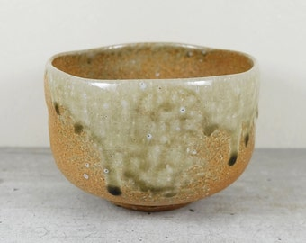 Vintage Japanese Tea Bowl of Shigaraki ware by the 3rd Takahashi Rakusai, Natural Ash Glaze Woodfire, Chawan Tea Ceremony Matcha Green Tea