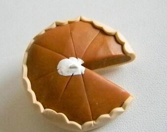 Pumpkin Pie Pin Brooch - YUM !