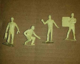 1/32 figures