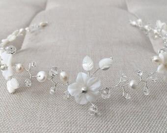 Floral bridal hair vine, bridal headpiece, wedding hair piece, bridal hair vine, wedding hair vine, flower hair vine, pearl hair vine, vine