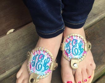 Personalized Monogrammed Women's disc sandals, Personalized Monogrammed flip flops, Summer Sandals, coral reef sandals, Lily sandals
