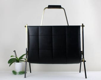 Vintage Magazine Newspaper rack made of high quality leather 60s Mid Century Furniture Genuine Leather Made in Germany