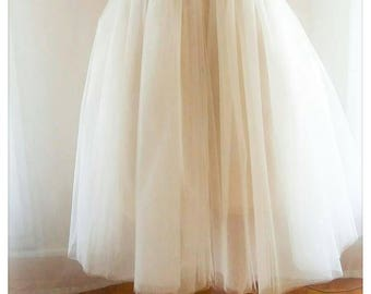 BEST SELLER: Tulle skirt customizable with interchangeable breadth.