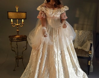 Victorian Wedding Dress, Victorian Corset, Lace Wedding Dress, Ivory Wedding Dress, Open Shoulders Wedding Dress, Beaded Wedding Dress