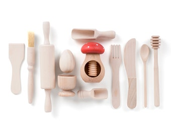 Children's Wooden Kitchen Accessory Set