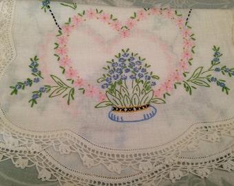 Vintage Table Runner, Vintage Embroidered Heart Table Runner, Embroidered Table Runner, Antique Table Runner, Antique Dresser Scarf