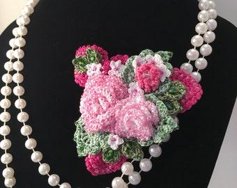 Rose Bouquet Beaded Crochet Brooch/Pin