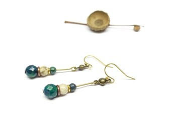 Bohemian earrings chic azurite. Earrings brass and turquoise stones. Earrings blue and green stones.
