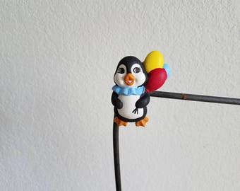 Ceramic Penguin with Balloons Magnet (#893)