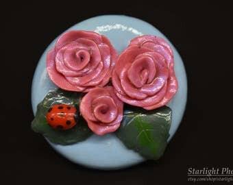 Roses, Rose Magnet, Fridge Magnets, Cute Fridge Magnets, Rose Art, Clay Art, Polymer Clay Magnet, Clay Magnet, Kitchen Magnet, Clay Magnet