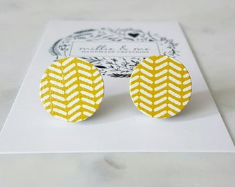 Mustard and white wooden disc earrings