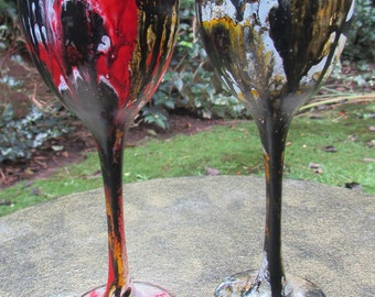 Contrasting Marbled Wine Glasses (pair)