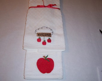 Kitchen Towels with Apples. New Sale Price