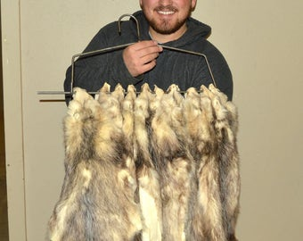 1 - LIGHT GREY Tanned OPOSSUM Pelt