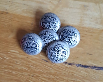 Vintage brass buttons on 20mm x 5