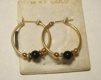 14 kt gold Hoop Earrings with black onyx