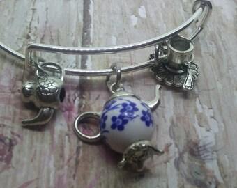 Teapot, Teapot bead charms, wire bangle charm bracelet