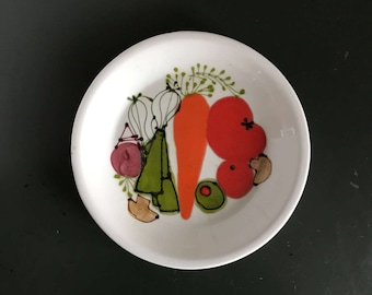 Ardencraft Handmade by Kate Pottery Pie Plate with Vegetables