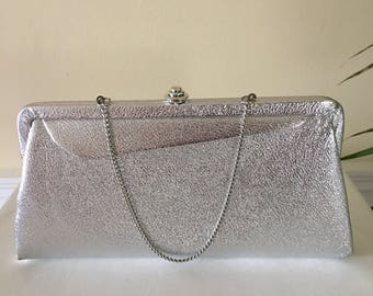 Vintage 1960's clutch with small chain, vintage clutch, silver clutch, vintage evening bag, 1960s hand bag, silver hand bag, evening bag