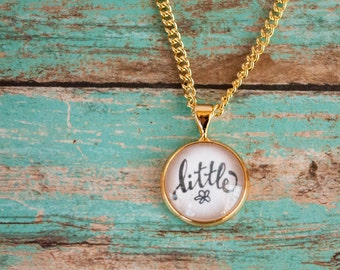 St Therese Little Flower Necklace, Gold Catholic Saint Necklace, Therese of Lisieux Gold Necklace, First Communion Gifts for Girls, 602002