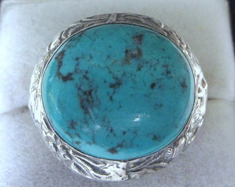 Magnificent Vintage Turquoise Solid Silver Ring - Heavy