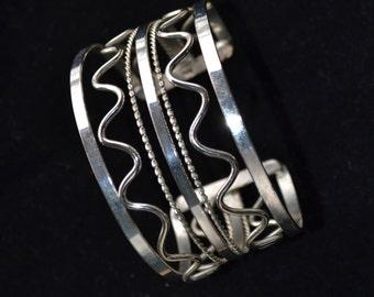 Wide Silver Bracelet, Tribal Bracelet, Boho Bracelet, Wide bracelet, Cuff bracelet, Mexico Silver, Mexico Bracelet (B177)
