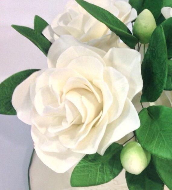 Gardenia Sugar Flower in creamy white for wedding cake toppers, gumpaste flower cake decoration, southern belle weddings