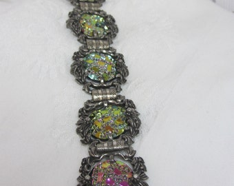 Elizabeth Morrey Iridescent Thermoset Cabochon set in Ornate Silver Tone Links Bracelet