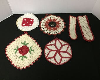 7 piece lot of red and white crochet pot holders and handle holder