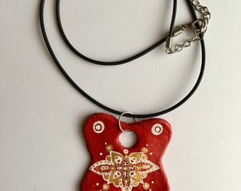 Handmade red pattern detail necklace pendant