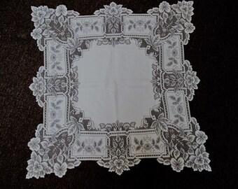 Cream Tablecloth, Centerpiece/Topper Romantic Lacy Beautiful