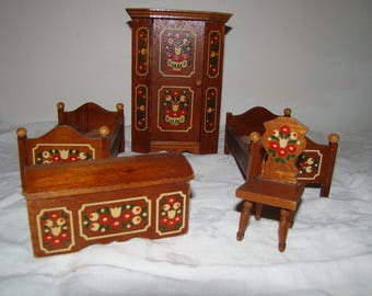 Set of Dollhouse furniture