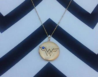 Wonder Woman Locket on a 20 inch Gold Plated Chain. Superhero locket. DC Comics Locket. Wonder Woman Jewelry. Wonder Woman. Superhero.