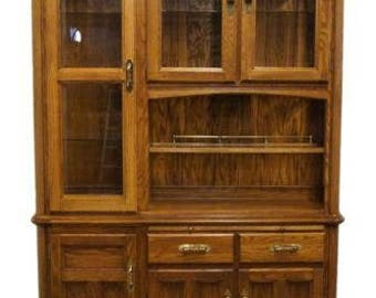 RICHARDSON BROTHERS Solid Oak 58″ Lighted China Cabinet