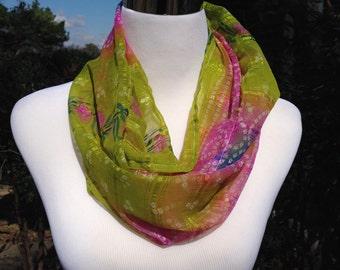 Infinity Scarf - Silk Sari Scarf - Green Scarf - Floral Scarf - Spring Scarf