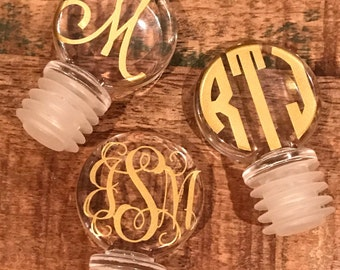 Acrylic wine stopper - wine stopper - personalized wine stopper - monogram wine stopper - wine gifts - personalized gifts - bridesmaid gift