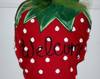 Strawberry welcome door hanger spring burlap