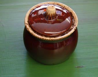 Hull USA Sugar Bowl with Lid