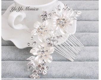 Crystal Rhinestone Bridal Hair Comb, Wedding hair comb, bridal hair comb, bridal hair accessories, crystal hair comb, bridal barrette