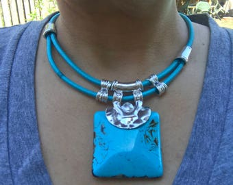 Modern  Necklaces with faux stones and special design