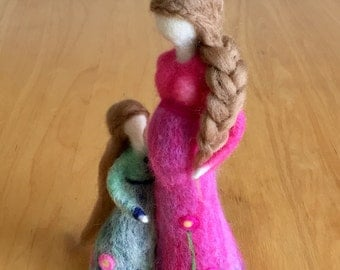 Needle Felted Pregnant Mother with a little Daughter   Art Doll   Needle Felted Dolls   Waldorf inspired Dolls  Home Decor