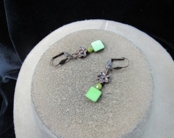 Vintage Pair Of Lime Green Glass Stone/Beaded Floral Pierced Dangle Earrings