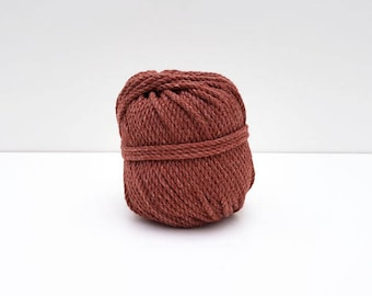 Ball of rope in cotton for macramé - rust