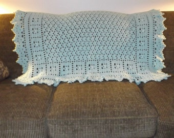 Accent Throw - softer than mint