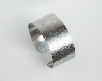 Stainless Steel Bracelet with Pattern Rain 27